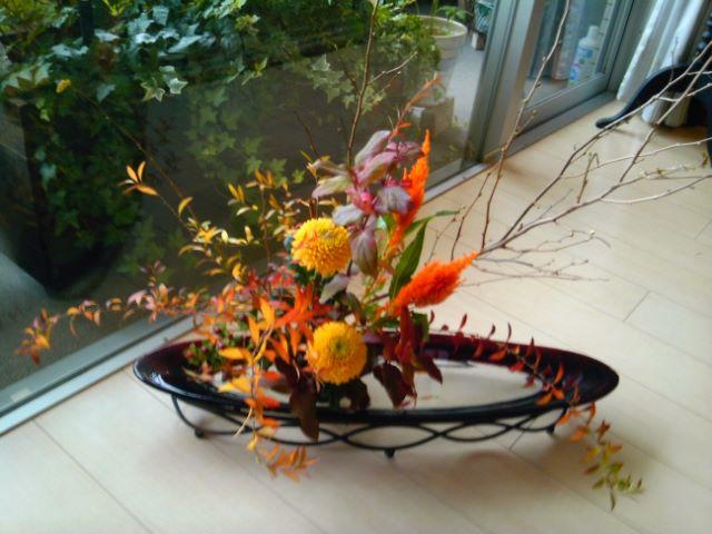 花日和 土屋優子先生による、お花のレッスンを開催します